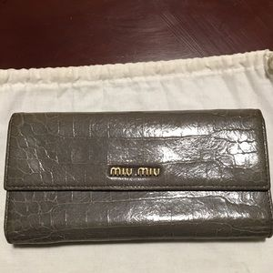 MIU MIU SOFT LEATHER WALLET